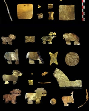 Gold artefacts recovered from the Tiwanaku site.