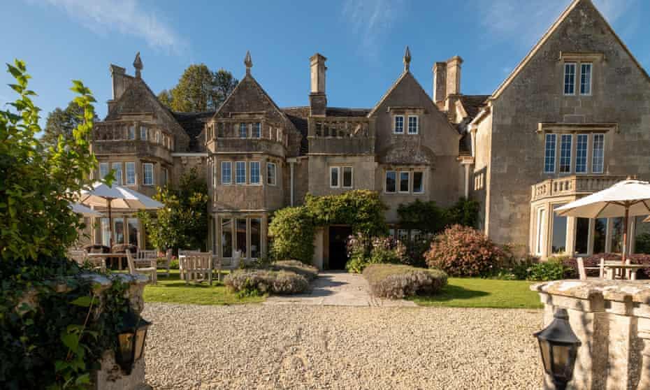 Fam frolics: Woolley Grange in Wiltshire