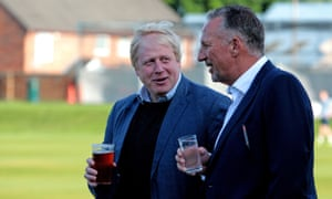 Boris Johnson, Ian Botham, prior to a knock-about during a visit to Chester Le Street Cricket Club in County Durham, as part of his tour on the Vote Leave campaign bus. PRESS ASSOCIATION Photo. Picture date: Monday May 30, 2016. See PA story POLITICS EU. Photo credit should read: Peter Byrne/PA Wire