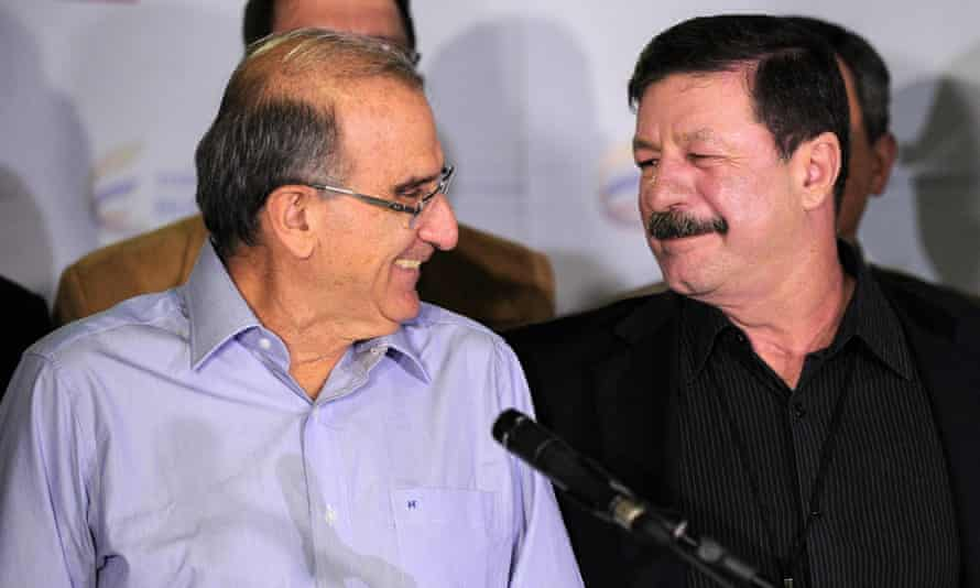 Humberto de la Calle head of the Colombian delegation for the peace talks with the Farc guerrillas, and Colombian general Javier Florez at the Convention Palace in Havana, on Saturday.