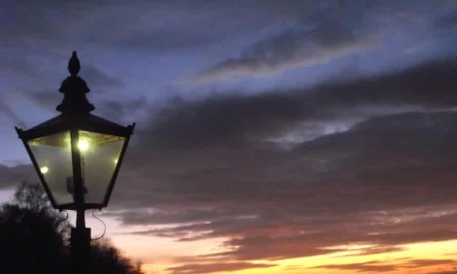 The UK's first dog-poo powered streetlamp
