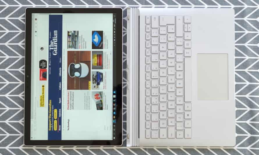 مایکروسافت سرفیس بوک 3
