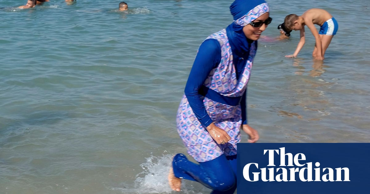 french mayors refuse to lift burkini ban despite court ruling