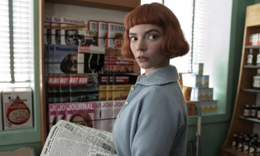 Anya Taylor-Joy en una escena de The Queen's Gambit de Netflix.