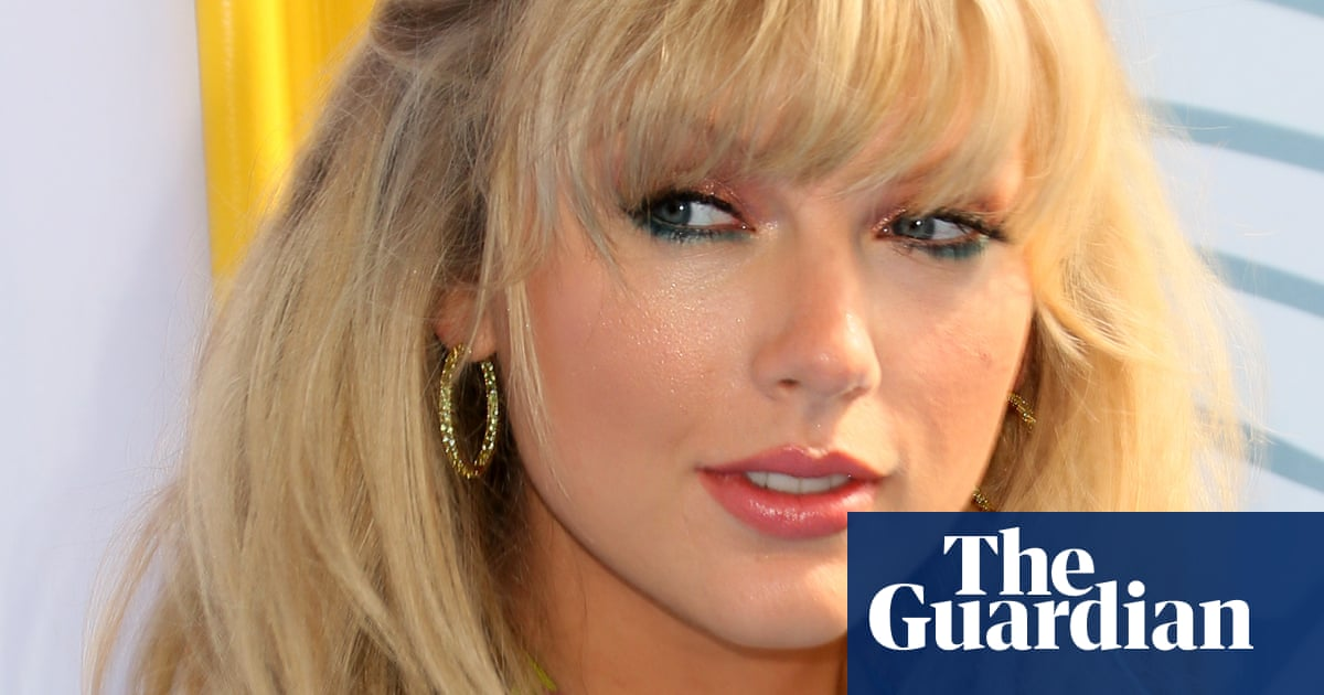 Taylor Swift: Trump thinks his presidency is an autocracy