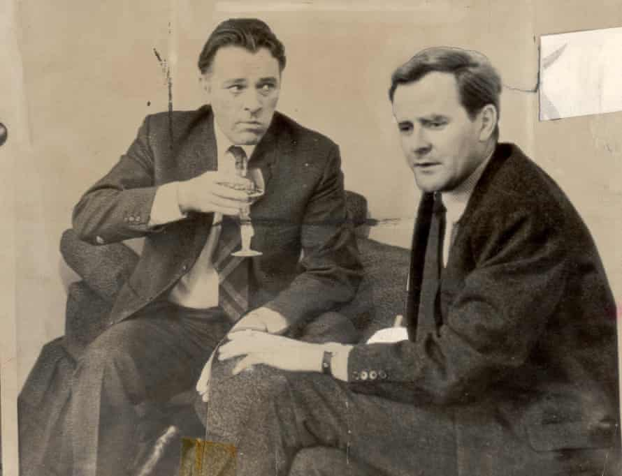 Le Carré pictured with Richard Burton, who played Alec Leamas in the film adaptation of The Spy Who Came in from the Cold.