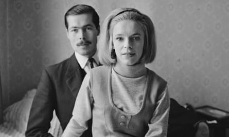 Lord Lucan with his future wife, Veronica Duncan, after they announced their engagement in 1963.
