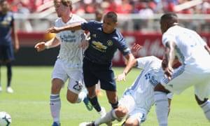 Alexis Sanchez bursts through the San Jose defence.