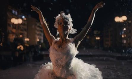A ballerina in the Amazon Christmas advert 2020.