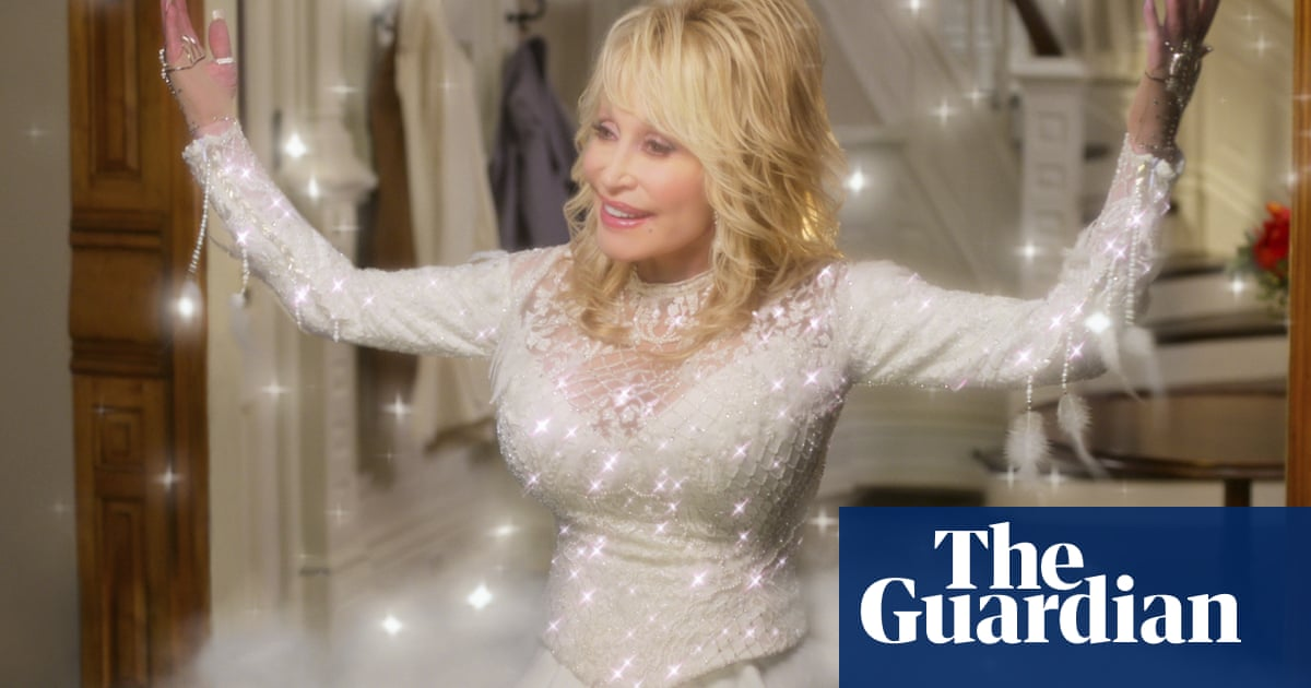 Dolly Parton partly funded Moderna Covid vaccine research