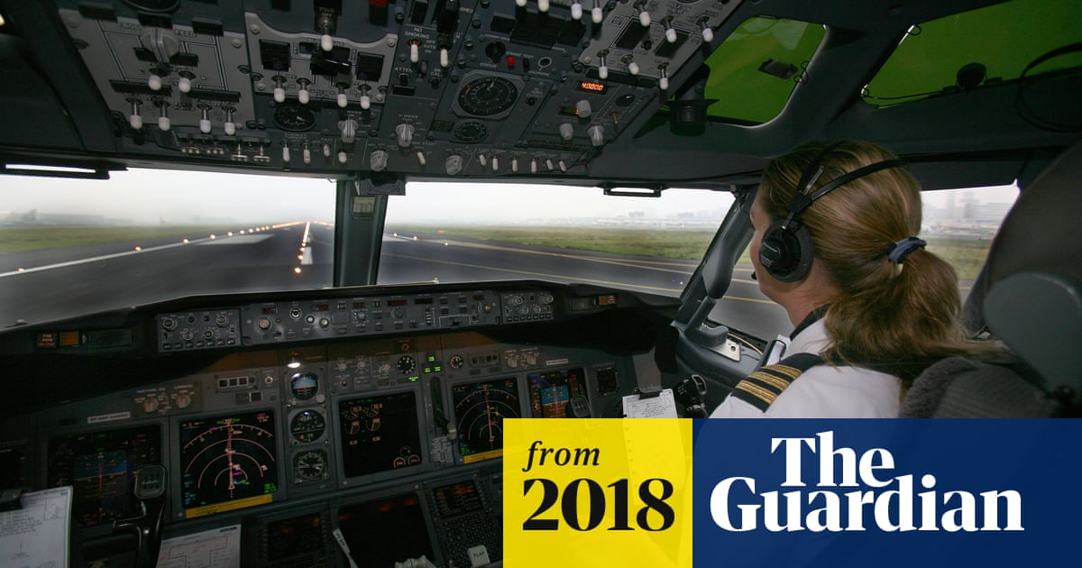 Boeing raises prospect of only one pilot in the cockpit of planes
