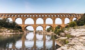 Pont du Gard, Roman aqueduct over Gardon River, Gard, France, Europe