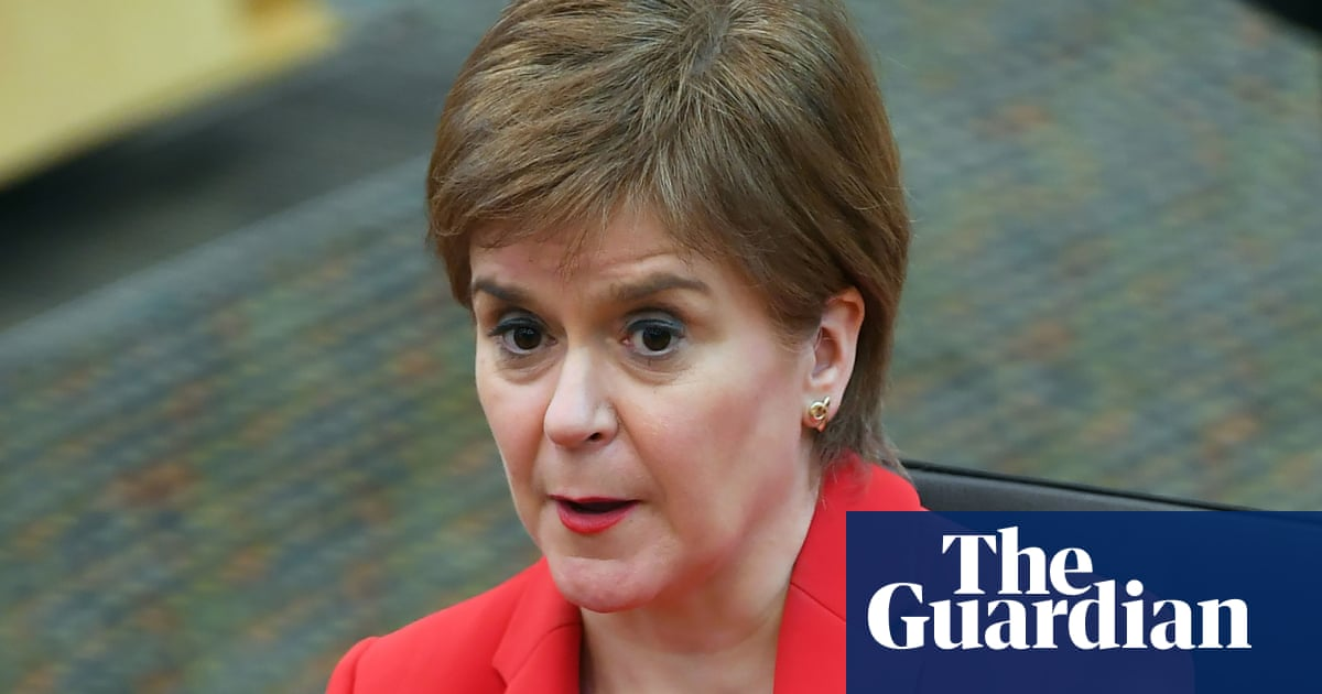 Sturgeon should resign if she broke ministerial code, says Starmer