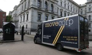 Removal van at Downing Street, July 2016