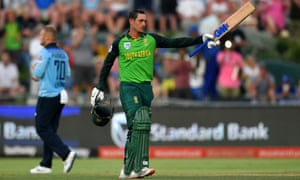 Quinton de Kock celebrates reaching his century against England