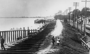 A Mississippi river levee, Louisiana, in 1927.
