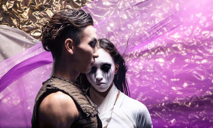 Riku Ito as Takeda and Minju Kang as Okichi in Northern Ballet's Geisha.