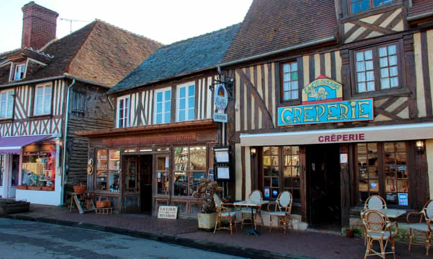 France, Normandy, Beuvron en Auge, grocery shop, downtown creperie.