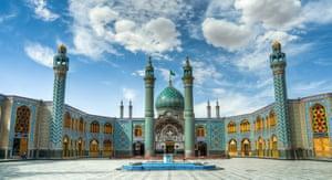 the Imam Zadeh Helal Ali holy shrine in Aran