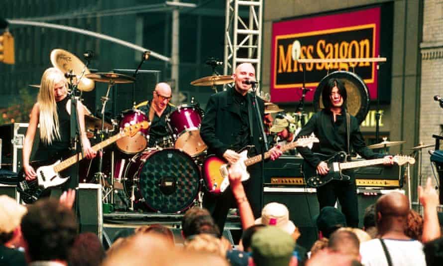Smashing Pumpkins in 1998.