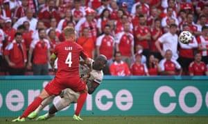 Lukaku in action with Kjaer.