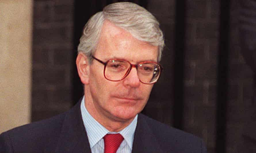 Major was urged to show Murdoch 'supreme confidence' at their meeting in 1995.