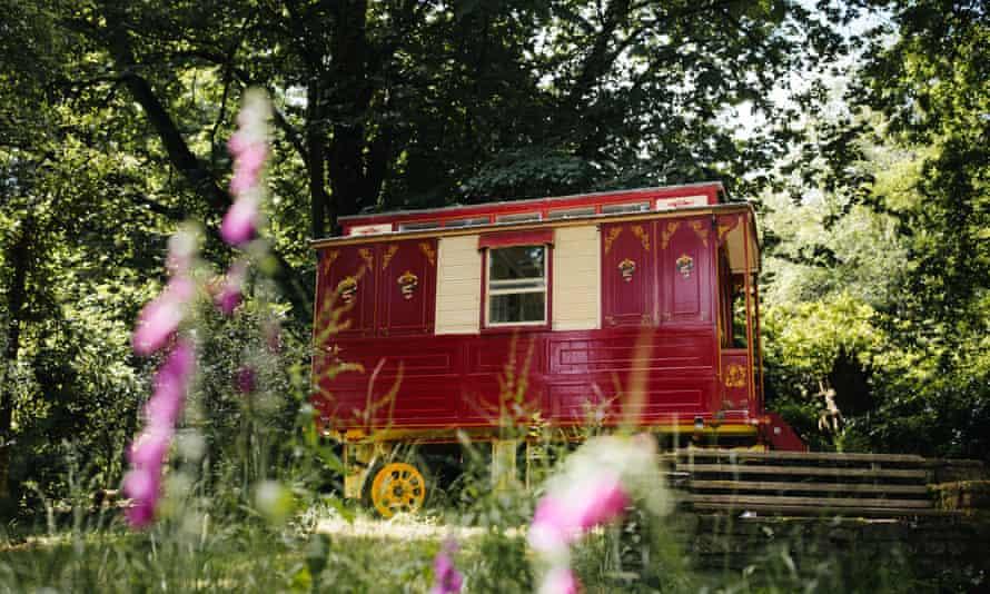 Powis Arms gypsey caravan