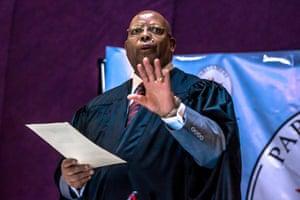 Jacob Mudenda, the parliament speaker, announces Mugabe's resignation