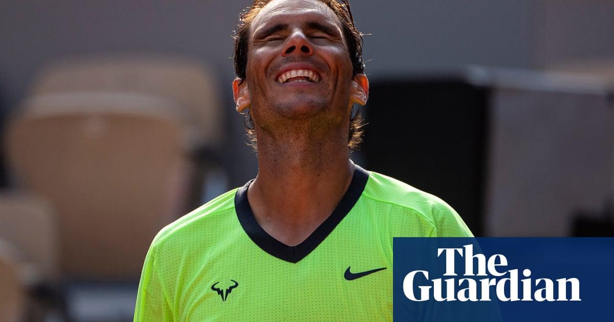 Rafael Nadal survives Schwartzman fight to make French Open last four