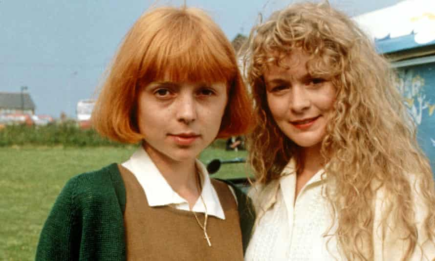Charlotte Coleman (l) and Cathryn Bradshaw in the TV adaptation of Oranges Are Not the Only Fruit