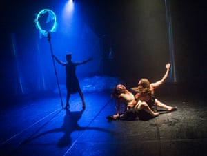 Rehearsals showing Medusa by Jasmin Vardimon Company