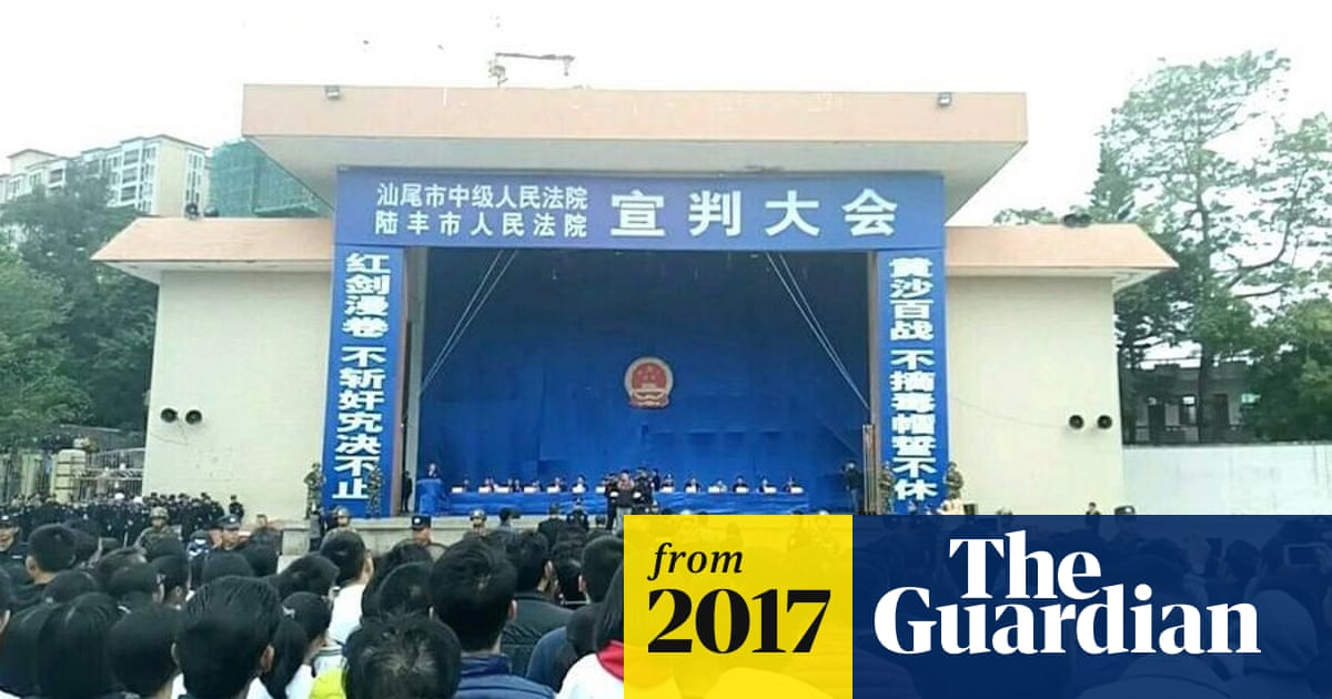 Thousands in China watch as 10 people sentenced to death in sport
