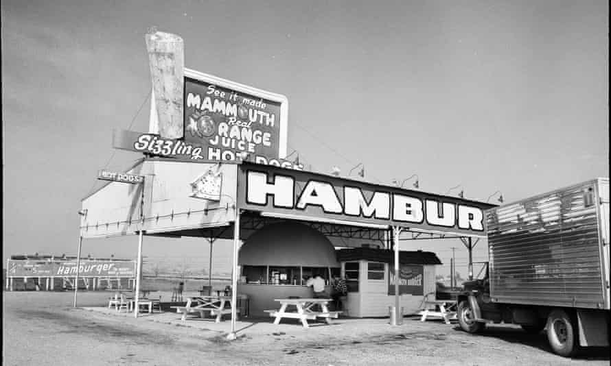 On his travels in the US, David Lowenthal delighted in taking black and white photographs of striking outdoor scenes.