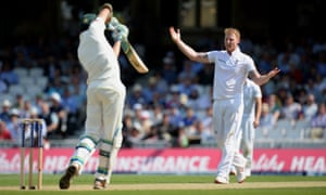 Stokes appeals for lbw.