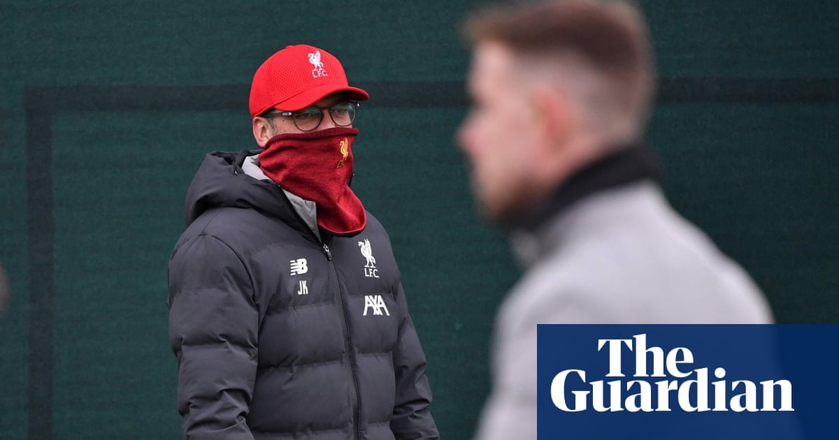 Jürgen Klopp told Liverpool players to wear masks and gloves when outside
