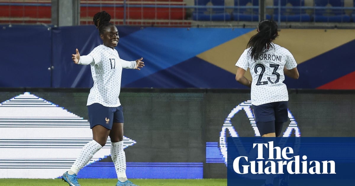 England Women's defence exposed in friendly defeat by France