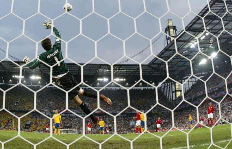 Joe Cole scores against Sweden at the 2006 World Cup