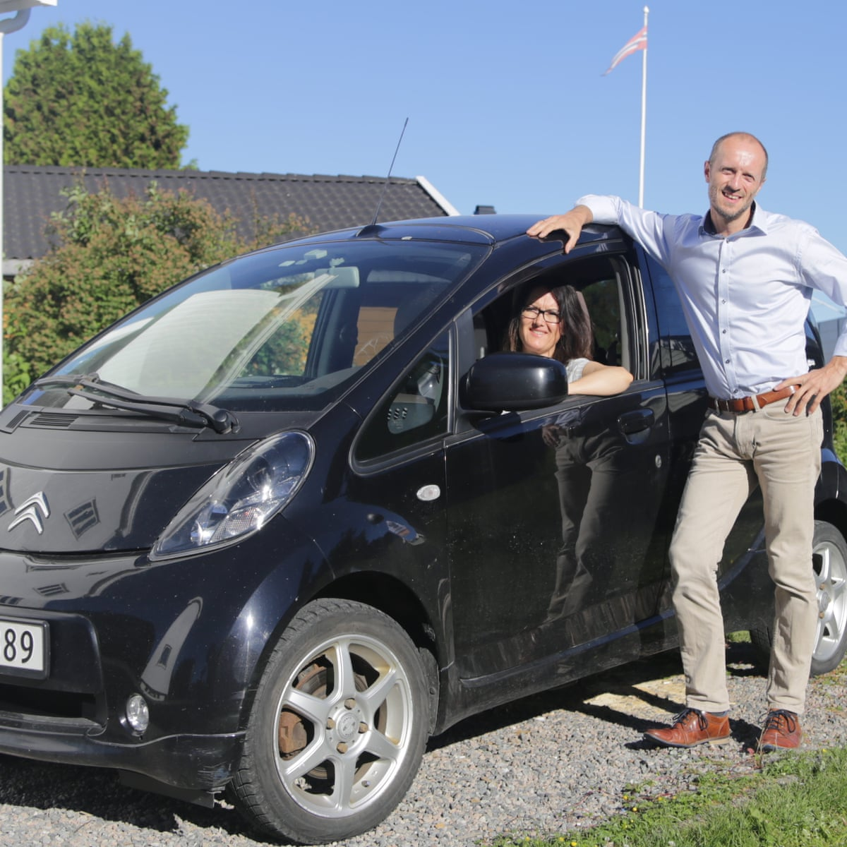 What S Put The Spark In Norway S Electric Car Revolution Motoring The Guardian