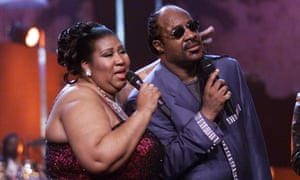Aretha Franklin with Stevie Wonder at the Radio City Music Hall, New York, 2001.