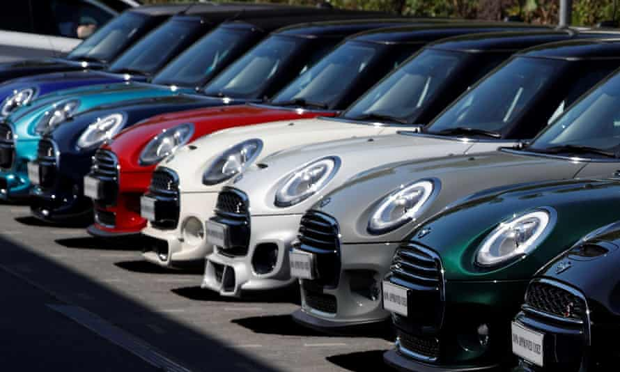 UK car dealer sales rise as Covid drives people from public transport |  Automotive industry | The Guardian