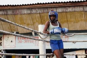 Safi Nadege Lukambo, 21