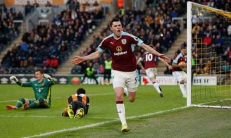 Michael Keane makes amends for Burnley to rescue point at Hull City