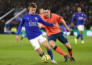 Barnes breaks, chased by Keane.