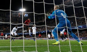 Marcus Rashford's late header was no more than a consolation for the visitors.
