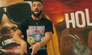 Drake dancing in the In My Feelings video.
