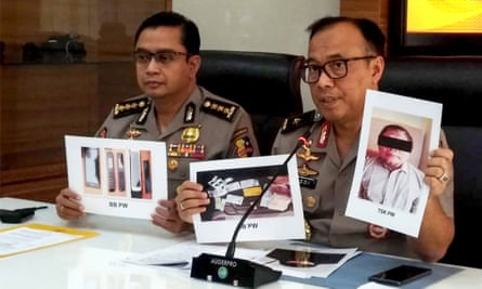 Indonesian police show photographs of Para Wijayanto who they say is the the leader of the Jemaah Islamiyah network that carried out the Bali bombings.