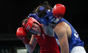Savannah Marshall, left, tries to land a punch on Nouchka Fontijn in her fifth defeat in six attempts against the Dutch middleweight.