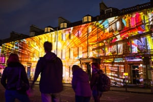 Large-scale illuminations