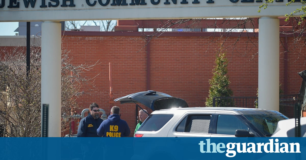 f60cfc44b03 latimes.com Man charged with making several threatening calls to Jewish  centers in US