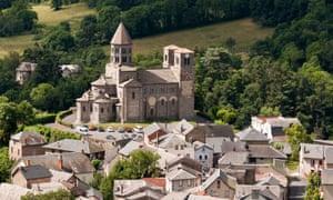 Saint-Nectaire, Romanesque church, Auvergne, France